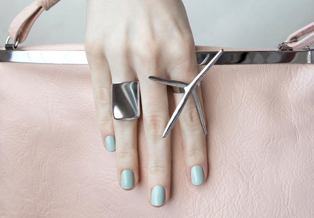 nails_stock